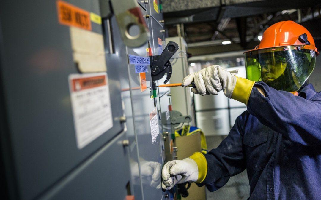 Sécurité électrique: Changements 2018 norme NFPA 70E/CSA Z462